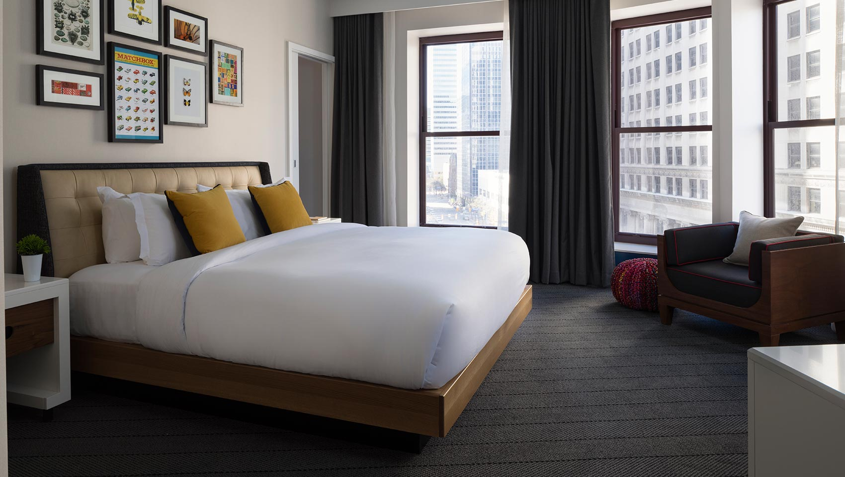 The Kimpton Schofield King Guest Room with View